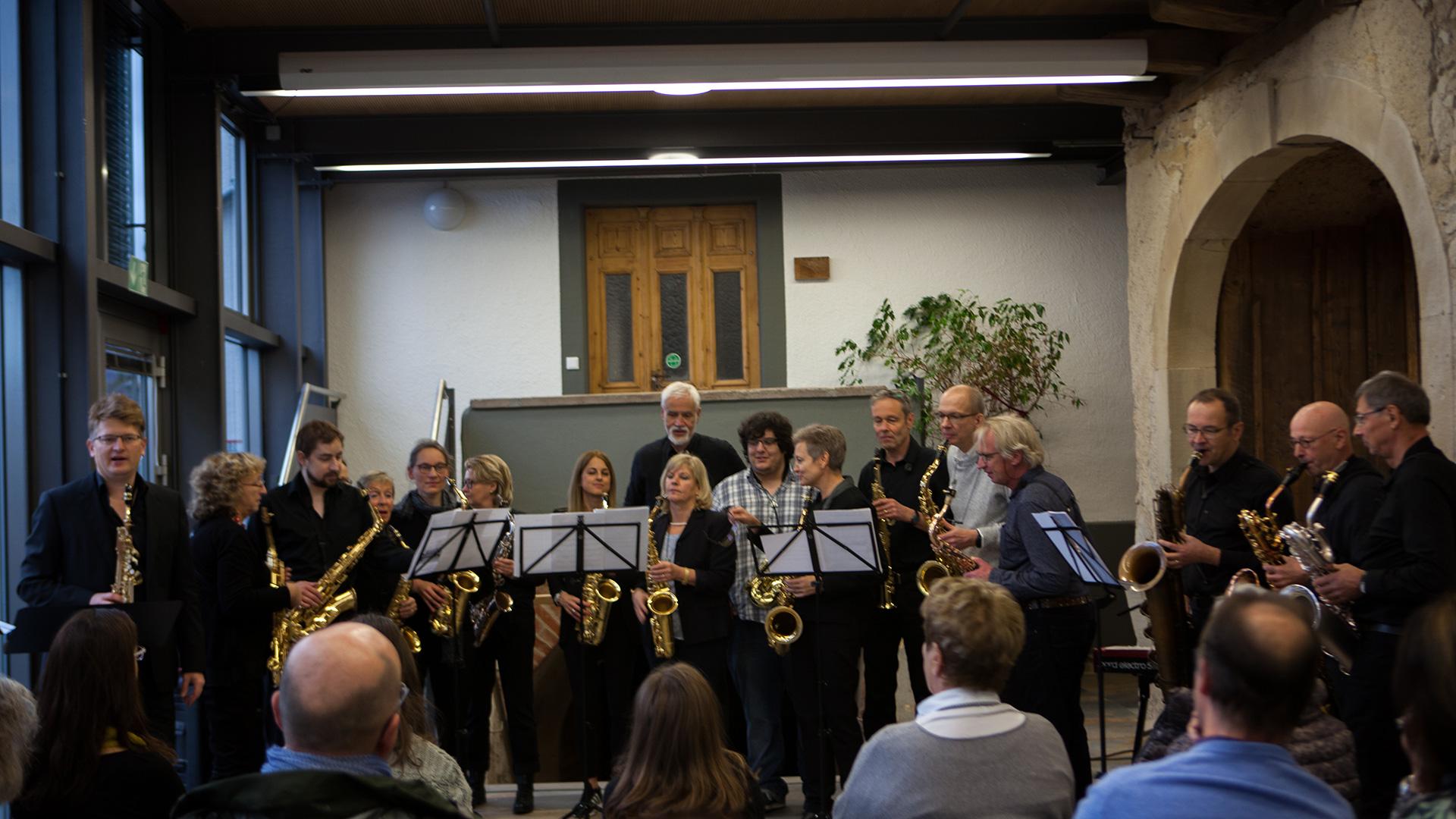Christoph Kirschke – Saxophon lernen und spielen – Unterricht und Musikstücke – Waheela SaxofonEnsemble